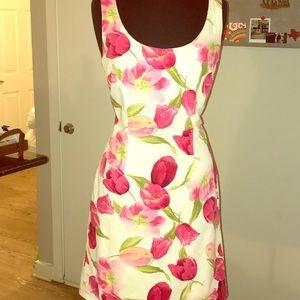 Dresses & Skirts - J. Harris white flowery dress sz 8